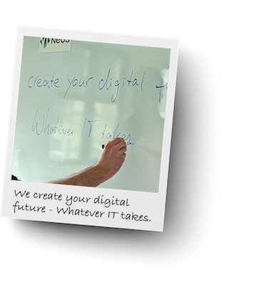 Mitarbeiter vor einem Whiteboard, Create your digital future - Whatever IT takes